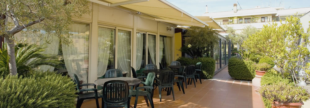 Rome Hotels with Exclusive Roof Terrace Garden for events